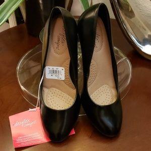 Dexflex comfort black high heels